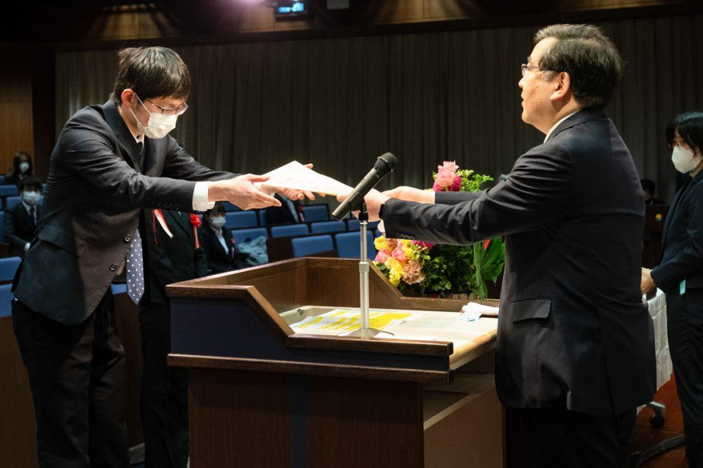 総長賞授賞式の風景